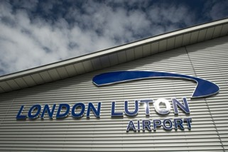 Belper Airport Taxis London Luton Airport